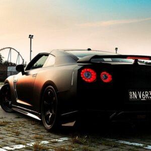 Nissan autók